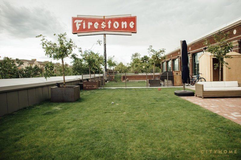 Ancienne enseigne Firestone