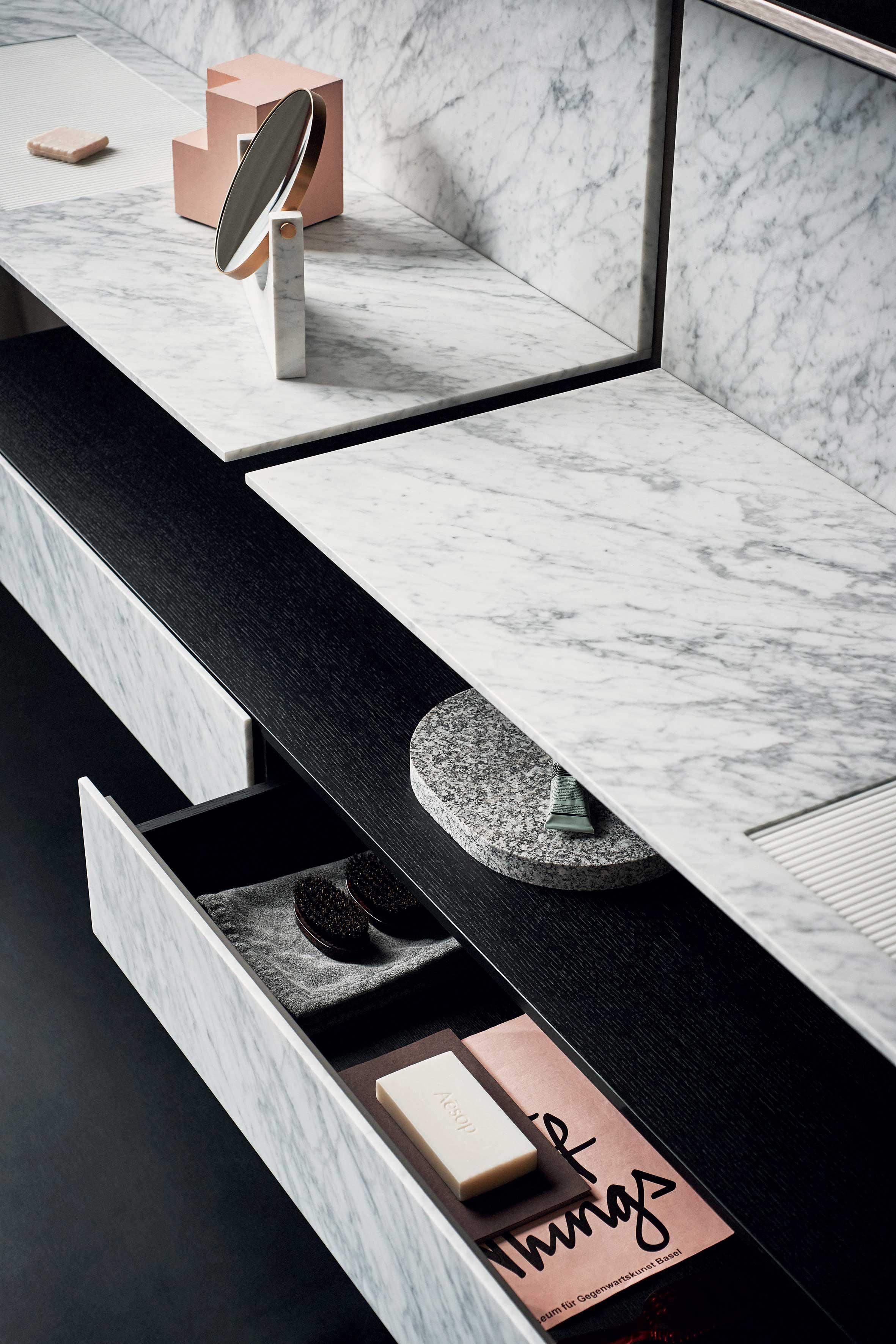 salles de bains marbre blanc. Black Bedroom Furniture Sets. Home Design Ideas