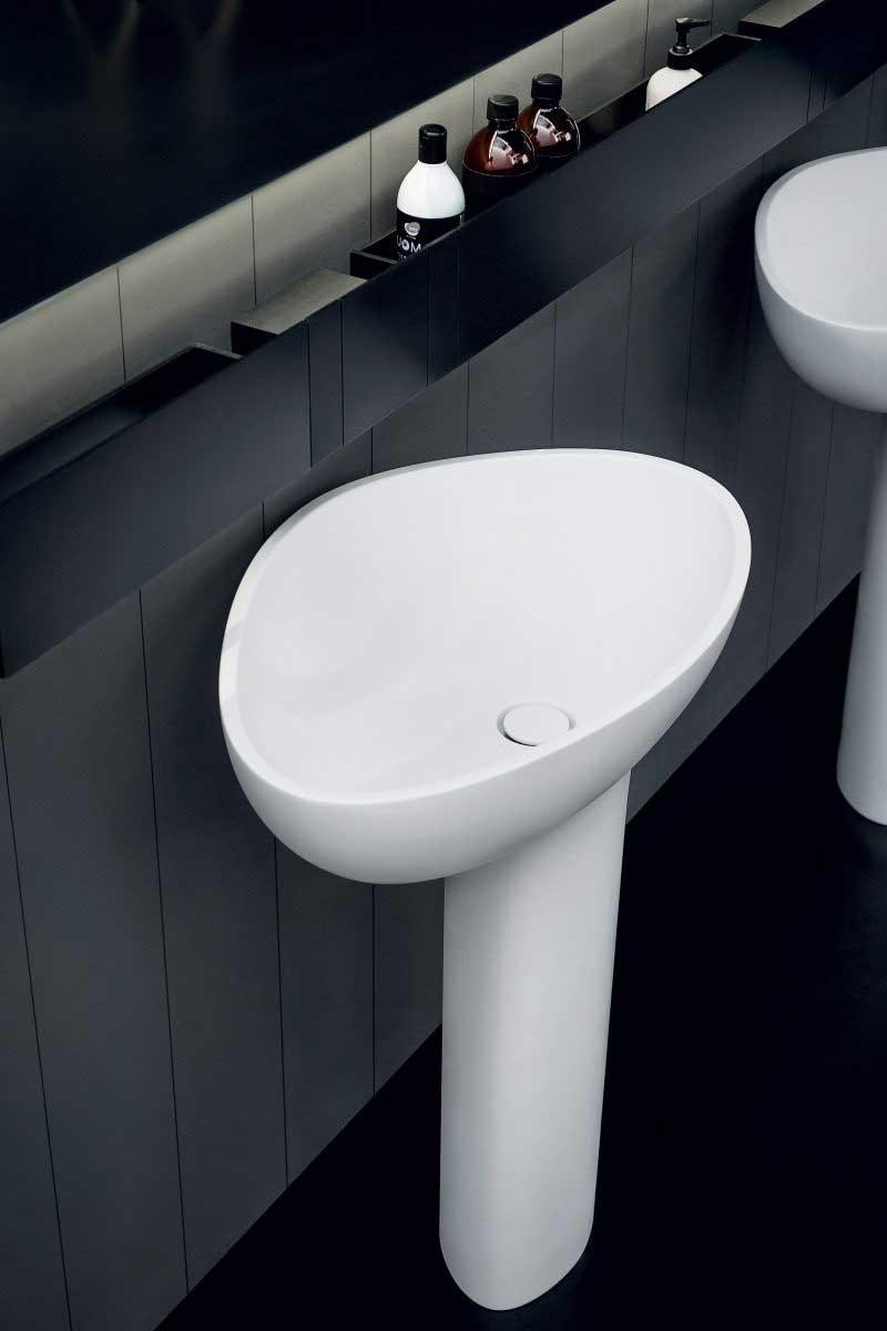 Robinet de salle de bains invisible