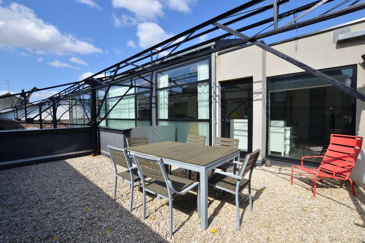 Loft avec terrasse wambrechies for Loft terrasse