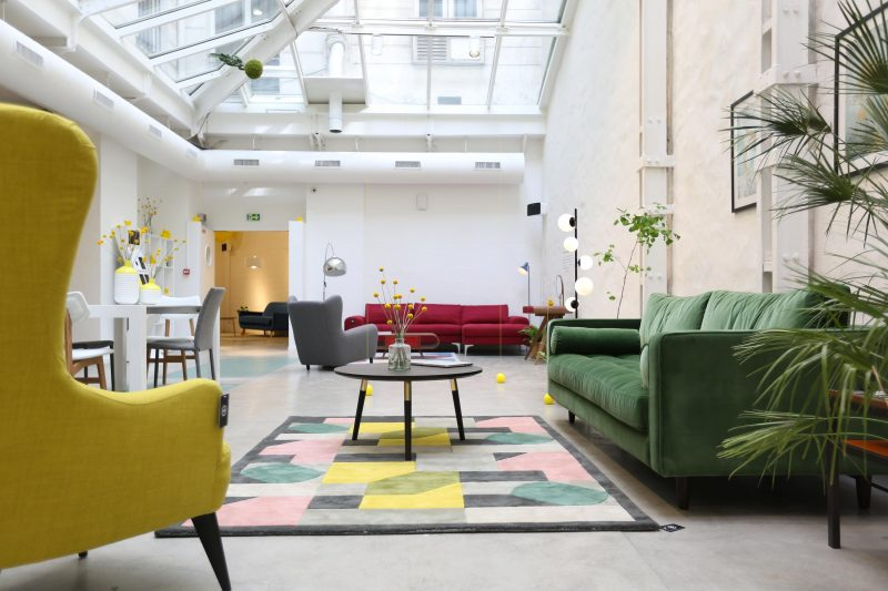 made com ouvre un showroom paris. Black Bedroom Furniture Sets. Home Design Ideas