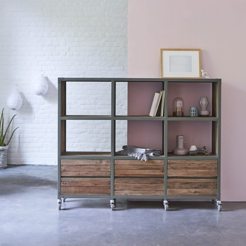 biblioth que karpenter en m tal gris et en bois. Black Bedroom Furniture Sets. Home Design Ideas
