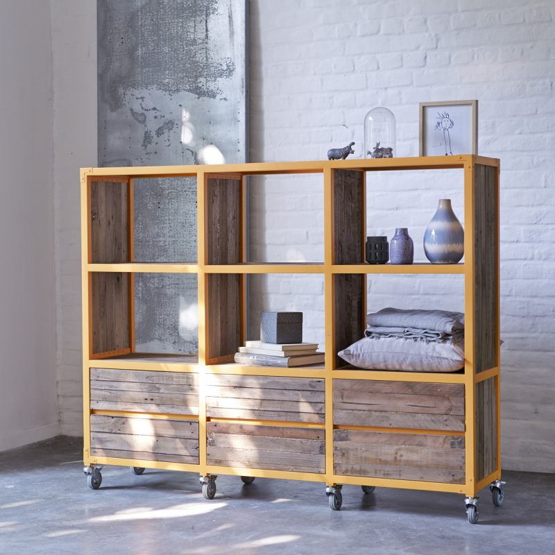 Bibliothèque Karpenter en métal orange
