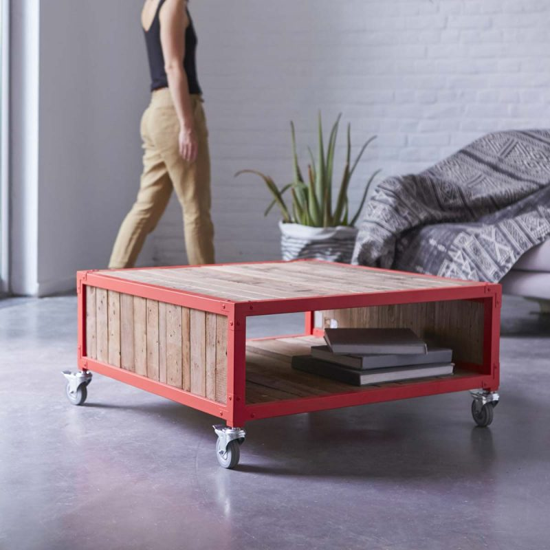 Table basse Karpenter rouge