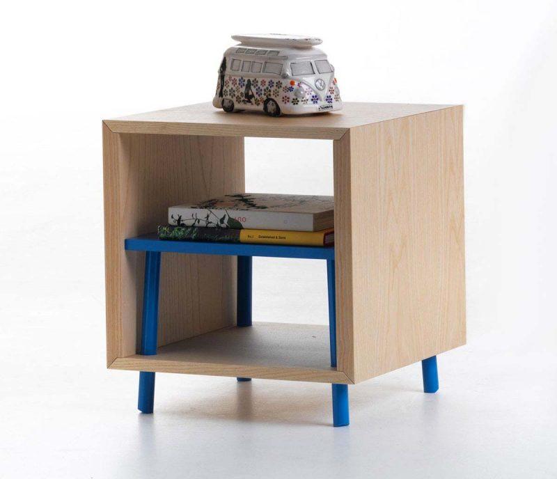 chevet moderne table de chevet suspendue noire chevet mural design objectal avec table de. Black Bedroom Furniture Sets. Home Design Ideas