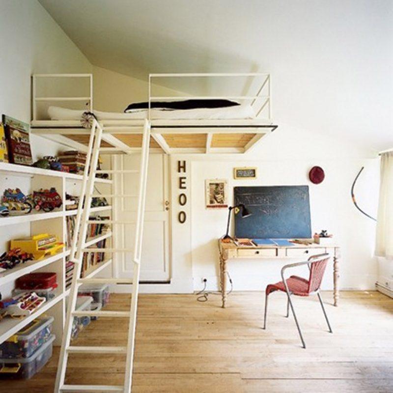 Lit mezzanine en bois et métal pour chambre d\'enfant