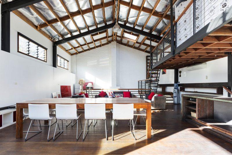 Loft avec bureaux dans un entrepôt à Sydney