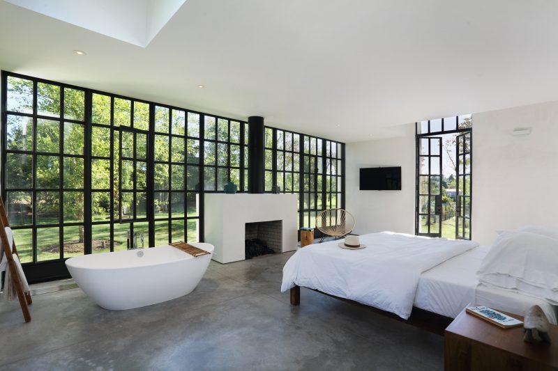Chambre avec baignoire