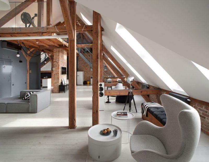 Combles aménagés en loft à Poznan