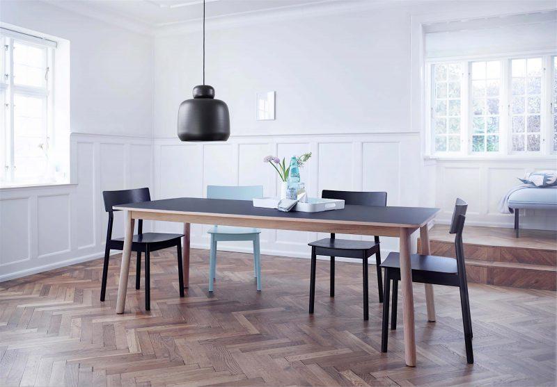 Table scandinave moderne Woud