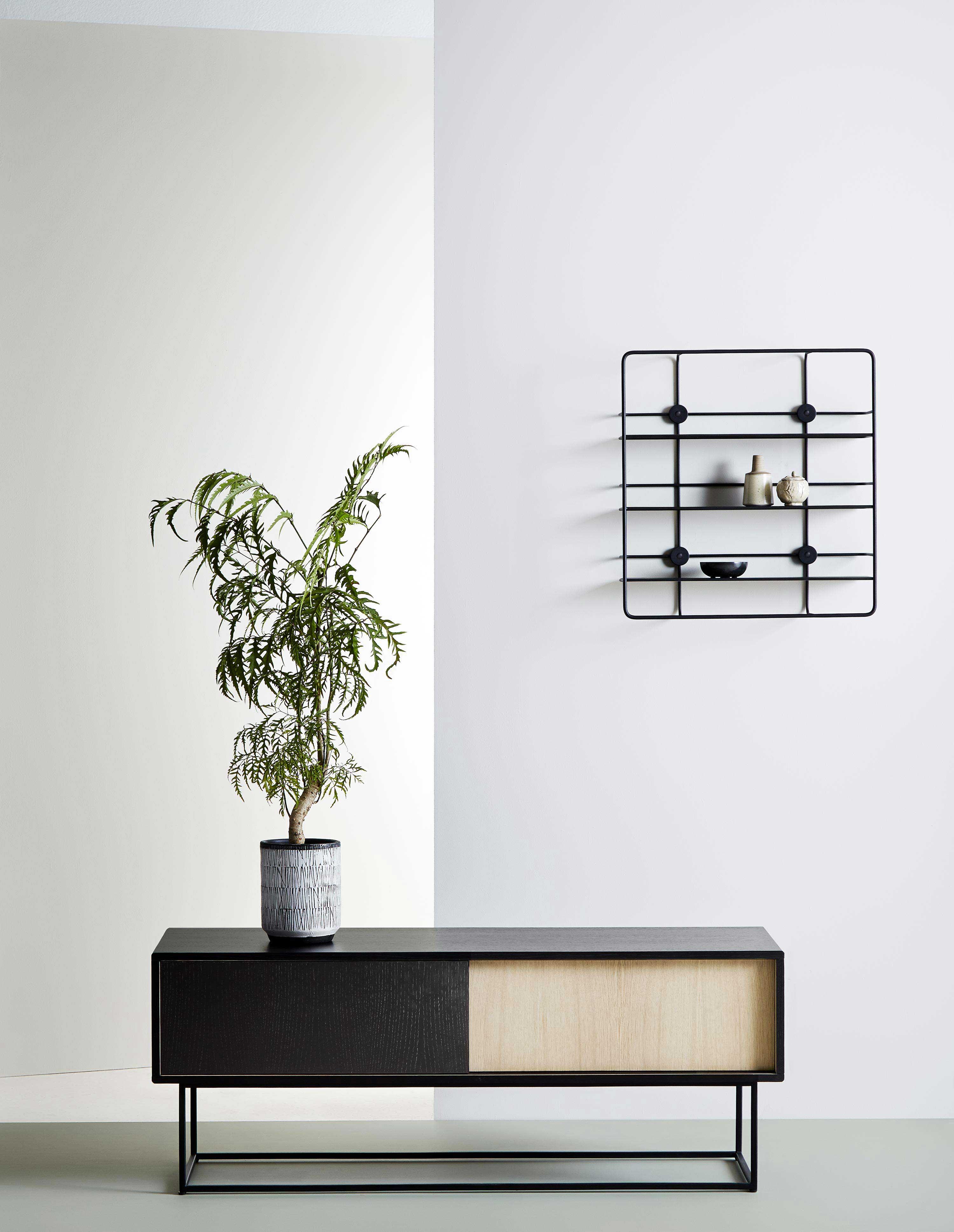 mobilier scandinave moderne woud. Black Bedroom Furniture Sets. Home Design Ideas
