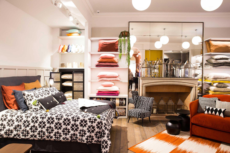 boutique am pm paris 16. Black Bedroom Furniture Sets. Home Design Ideas