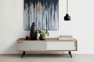 Woud, mobilier scandinave moderne