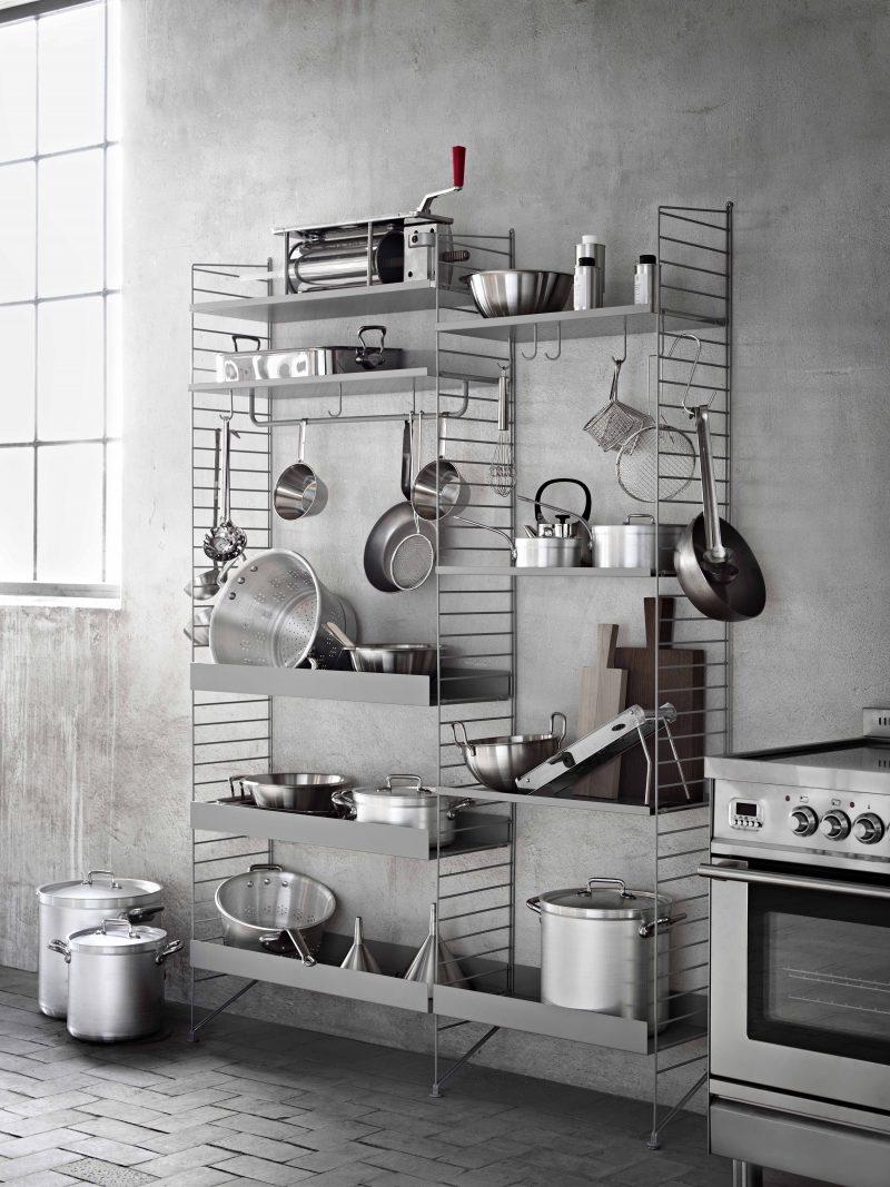 Etagère string dans une cuisine