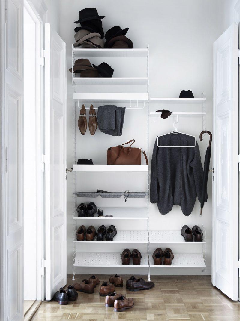 Dressing avec système d'étagère string furniture