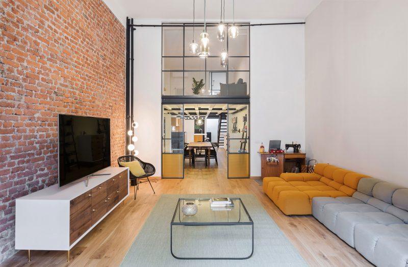 Salon avec double hauteur