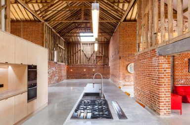 Loft dans une grange par David Nossiter Architects