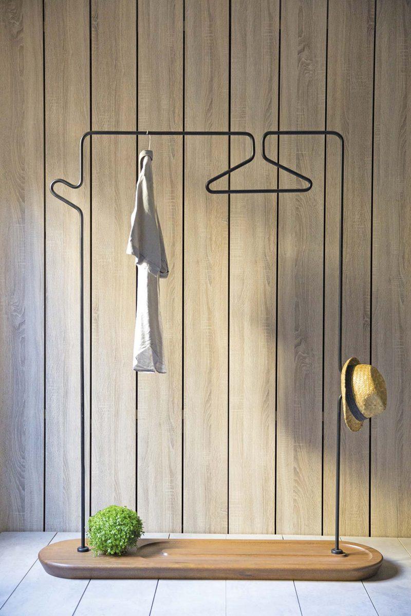 Portant à vêtements au design moderne