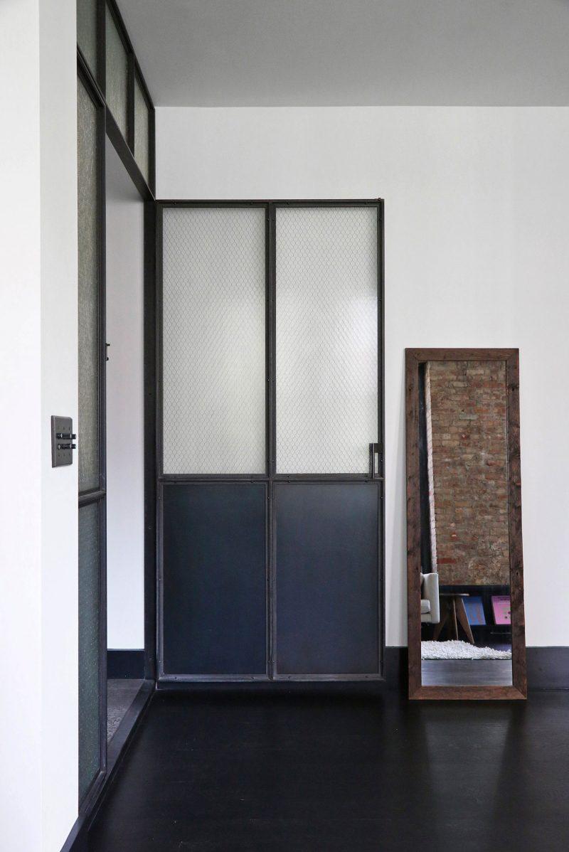 Porte verrière en métal