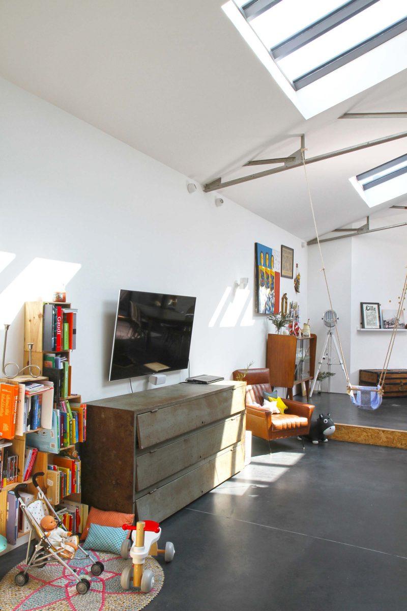 Vestiaire industriel transformé en meuble