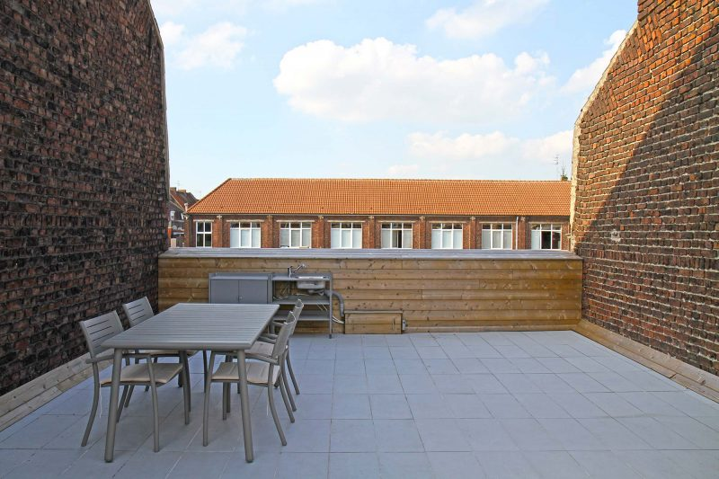 Toiture terrasse avec cuisine d'extérieur