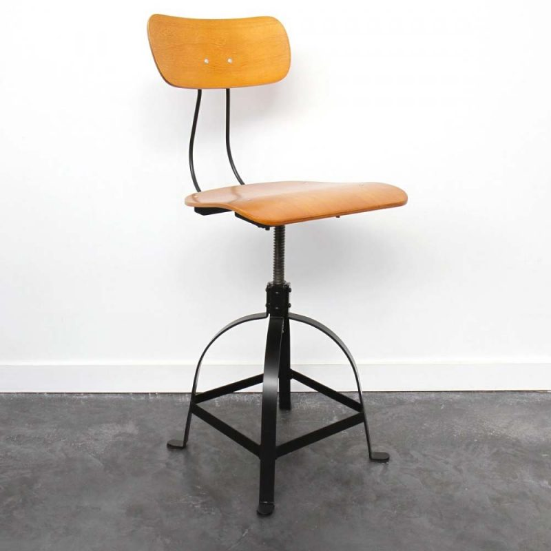 27 id es d co de tabouret et chaise de bar industriel - Chaise bar reglable ...
