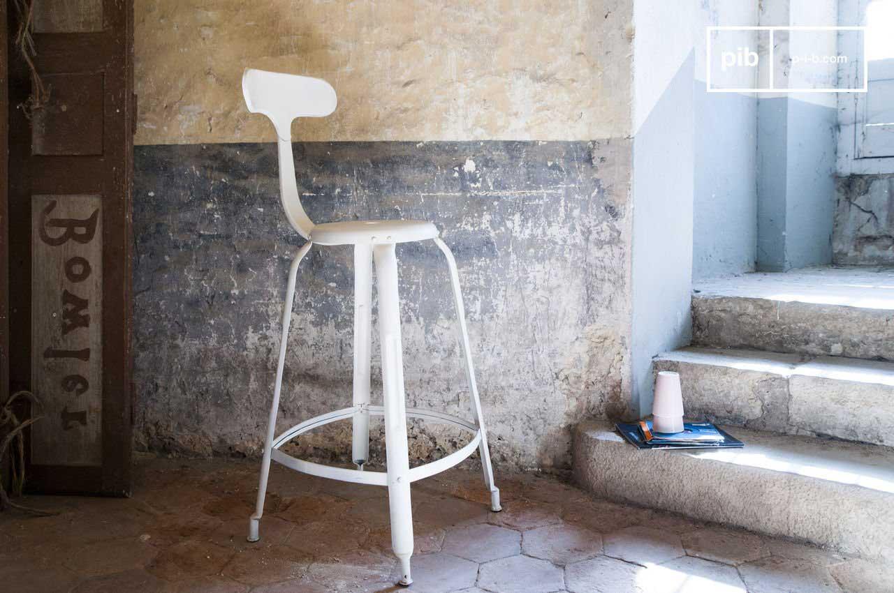 chaise de bar d co industrielle blanche. Black Bedroom Furniture Sets. Home Design Ideas