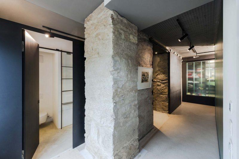 Mur en pierre dans le loft