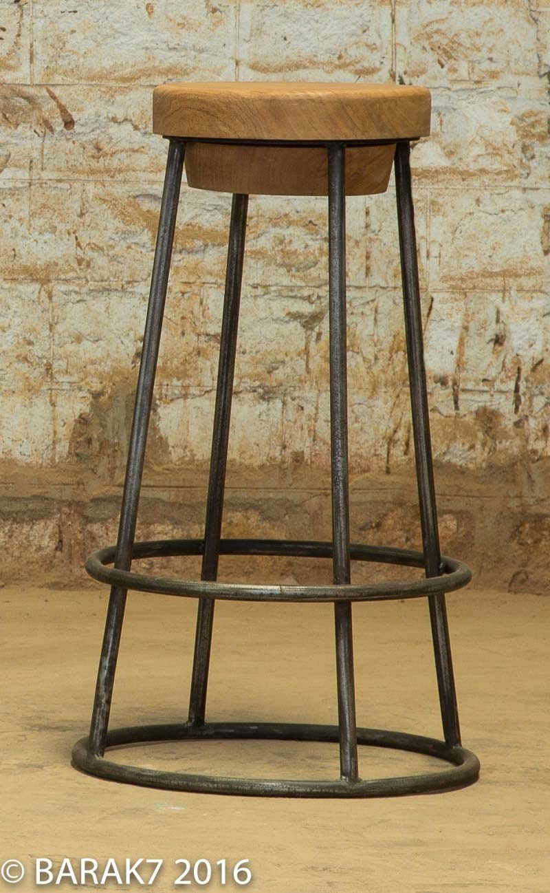 tabouret de bar industriel 27 id es d co pour la cuisine. Black Bedroom Furniture Sets. Home Design Ideas