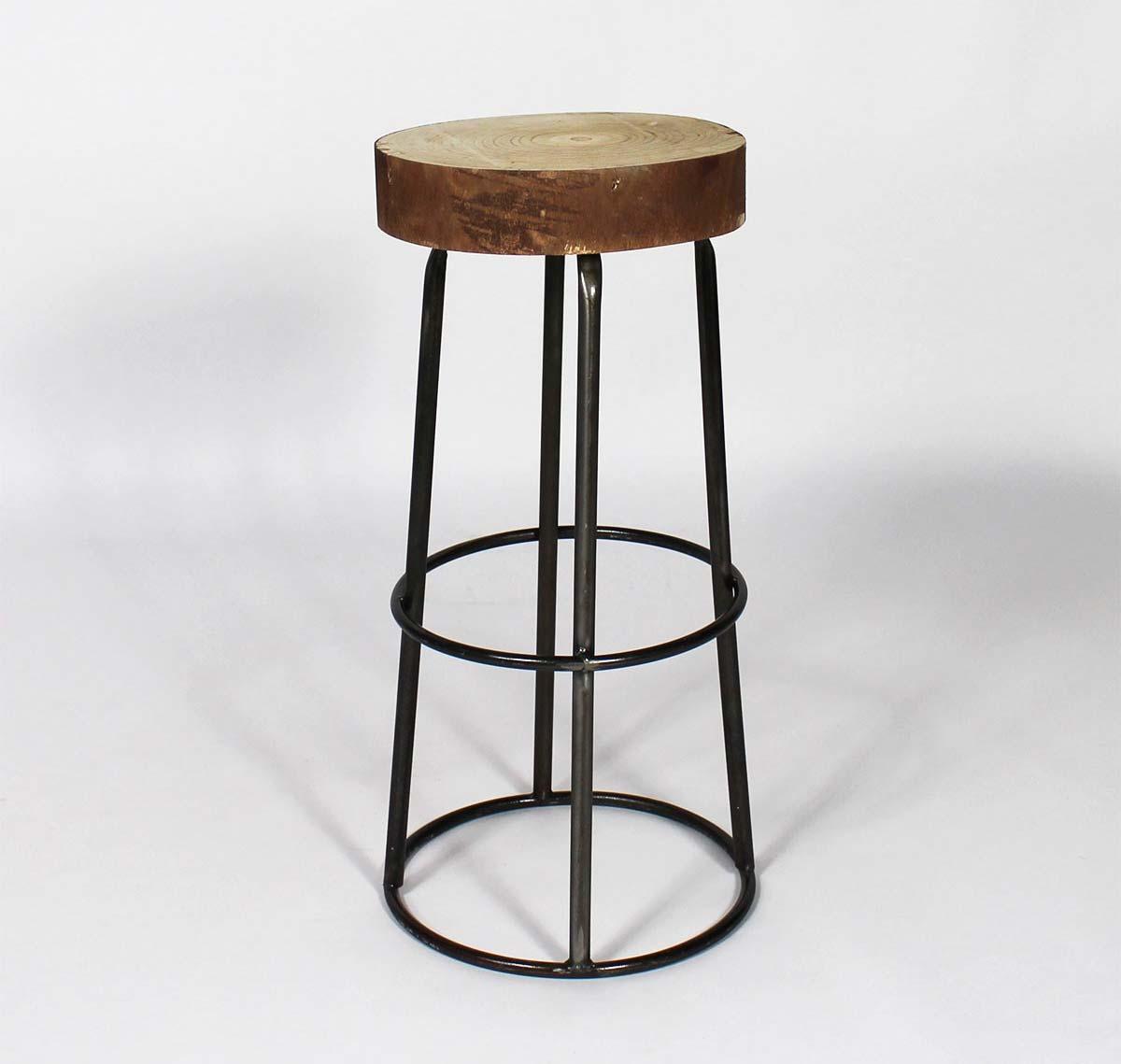 Tabouret de bar avec assise tronc d 39 arbre - Chaise de bar industriel ...