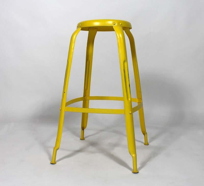 Tabouret de bar industriel jaune