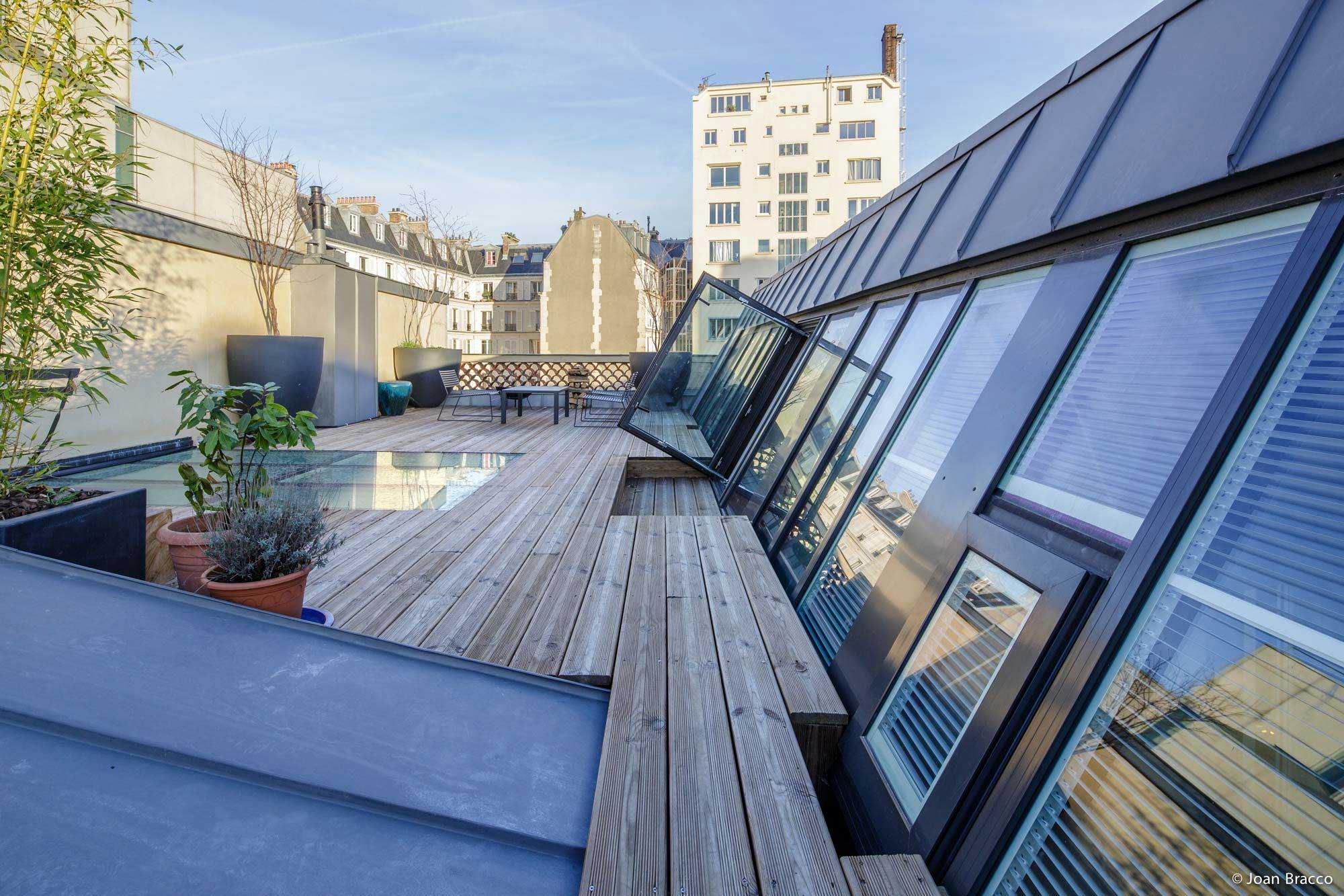 Loft avec terrasse de toit paris for Loft terrasse