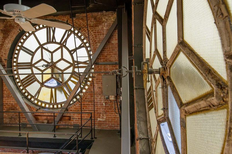 Loft dans une tour horloge à San Francisco