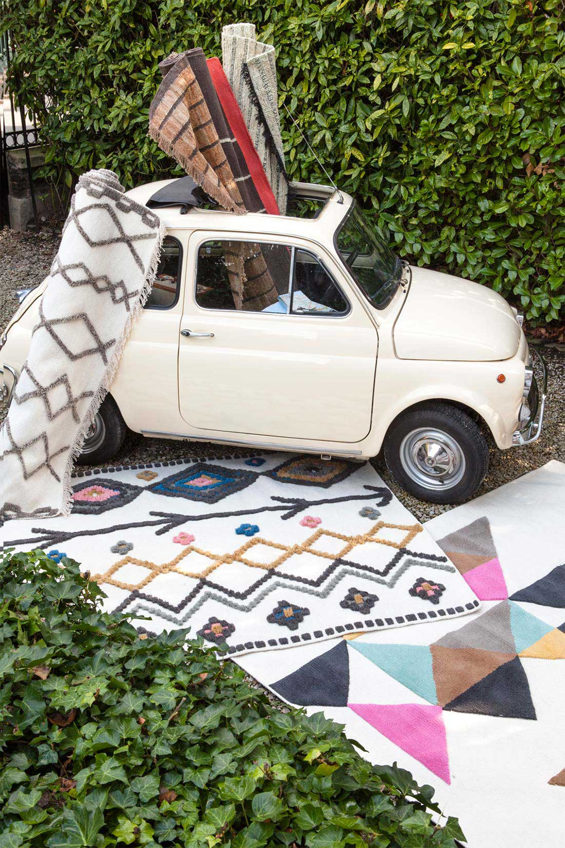 tapis style berb re serge lesage. Black Bedroom Furniture Sets. Home Design Ideas