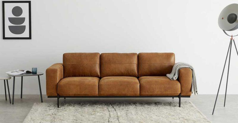 Canapé trois places en cuir marron