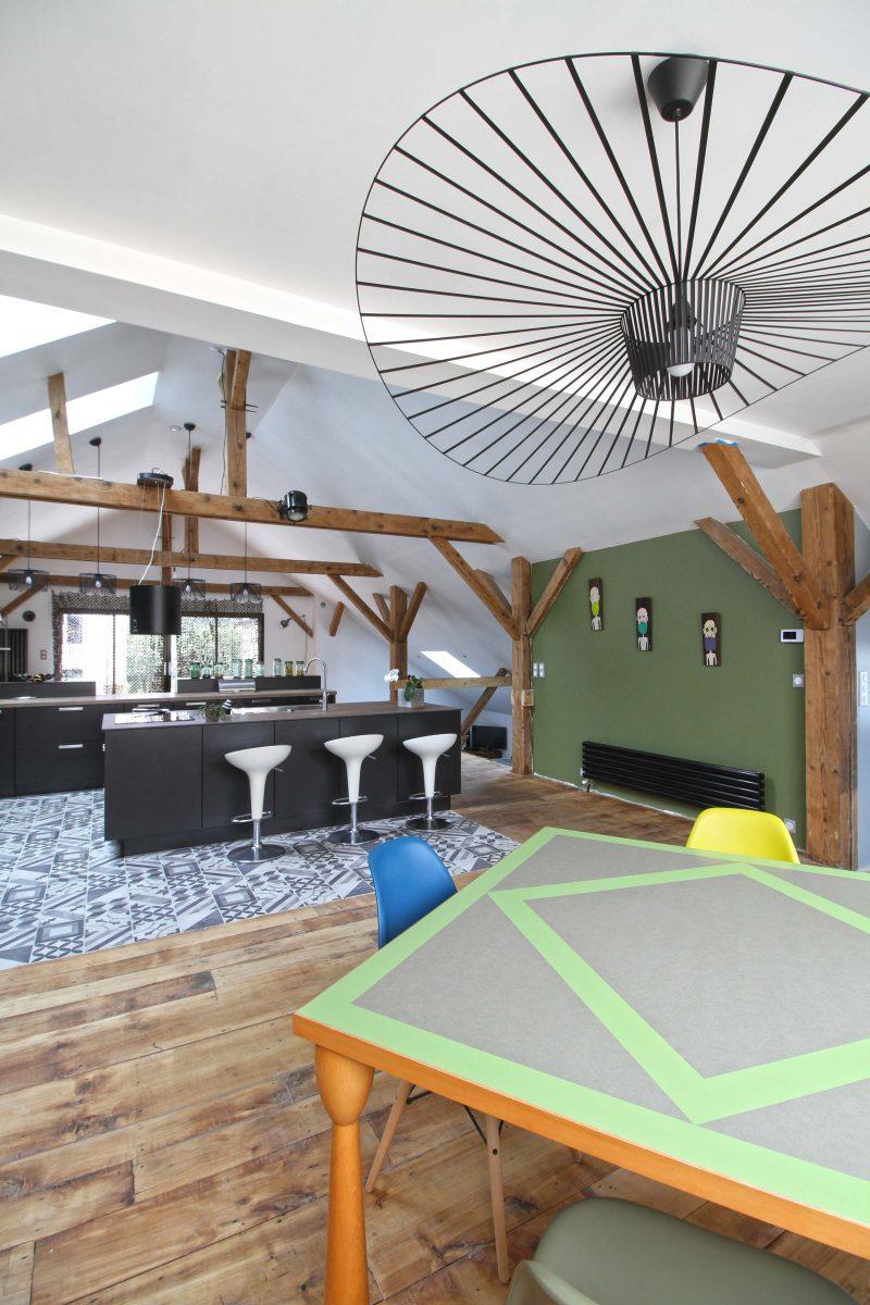 Loft avec cuisine Ixina ouverte