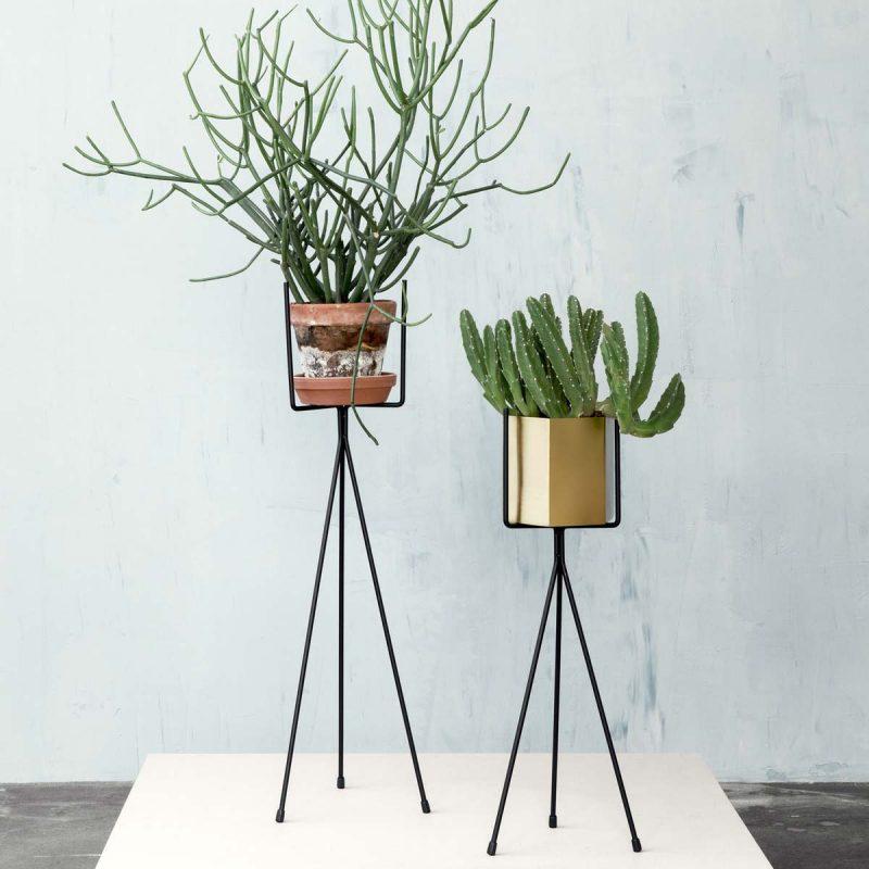 Cache Pot Sur Pied Et Support Pour Plante 19 Idees Deco Pour Vegetaux