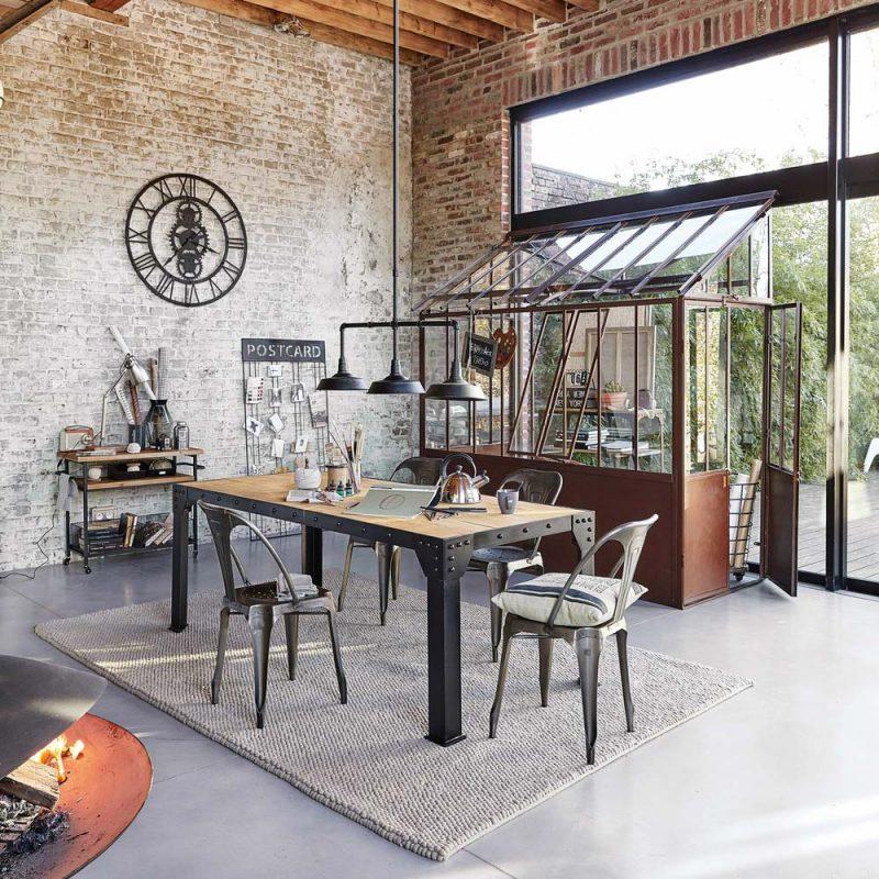 11 astuces pour s parer sans cloisonner - La salle a manger atelier au style classique chez maisons du monde ...