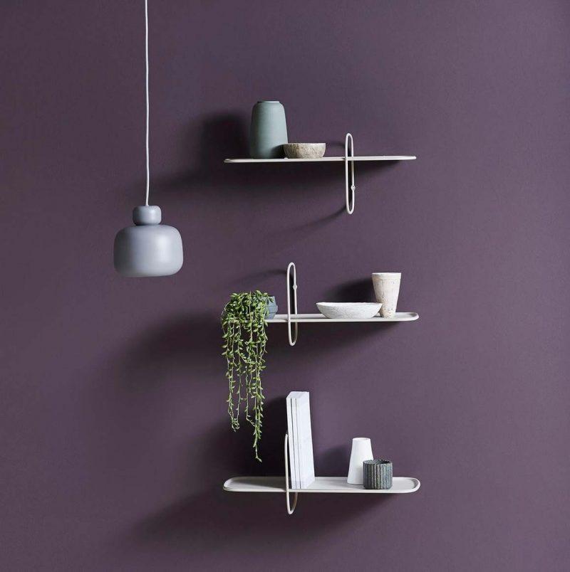 Petite étagère murale au design minimaliste en métal par Woud