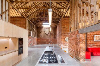 Grange ferme transformee en loft