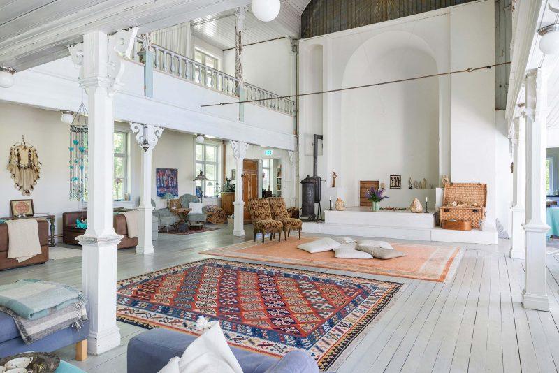 Loft à vendre dans une chapelle en Suède