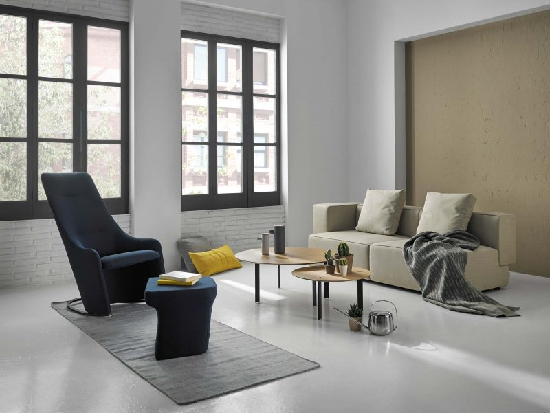 Salon avec mobilier viccarbe