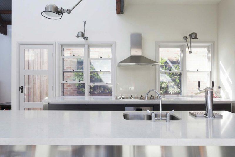 Cuisine blanc & aluminium