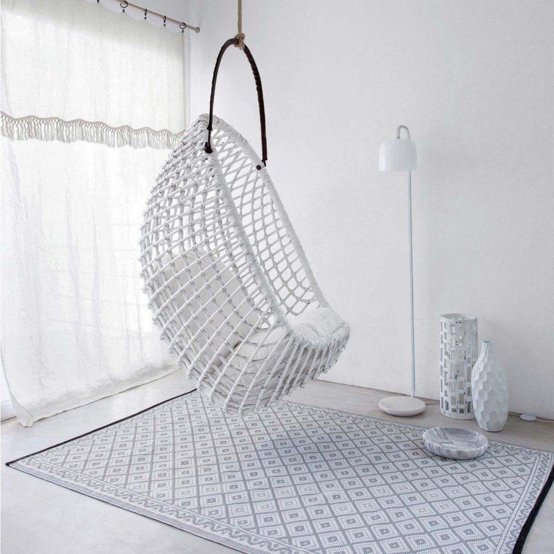 fauteuil suspendu 23 id es d co tr s perch es. Black Bedroom Furniture Sets. Home Design Ideas