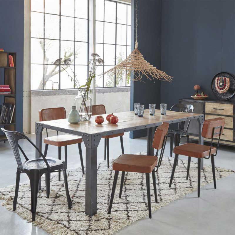 Table industrielle en bois et métal