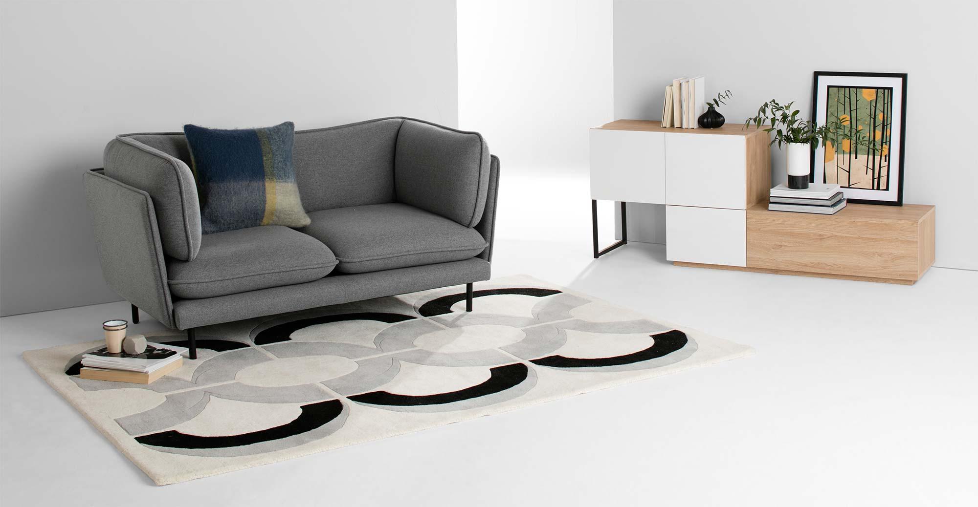canape gris places made en soldes. Black Bedroom Furniture Sets. Home Design Ideas