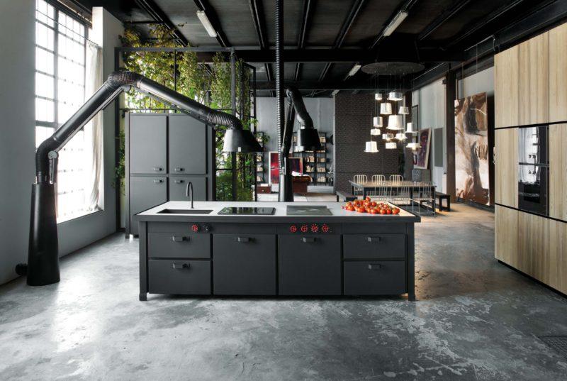 Loft avec cuisine noire