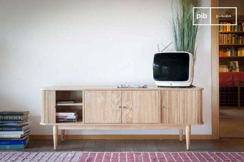 Meuble TV en bois clair