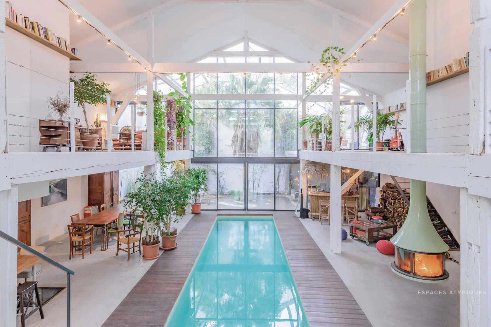Loft tropical avec piscine intérieure à Marseille