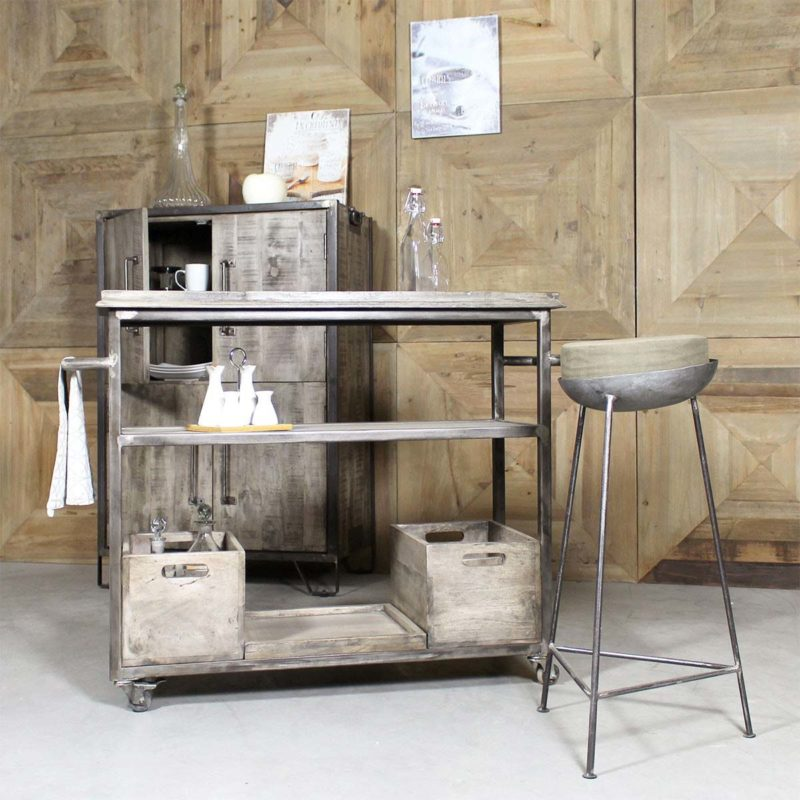 Tabouret de bar industriel confortable